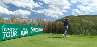 Oosthuizen dominates day one in South Africa