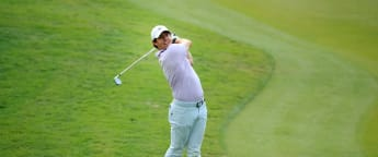 McIlroy moves into Shanghai share