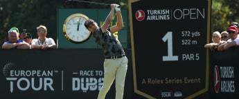 Schwab extends lead in Turkey