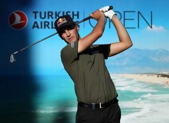 Lewis and Schwab lead the way in Antalya