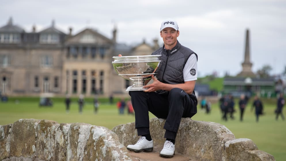 Perez celebrates his victory at St Andrews