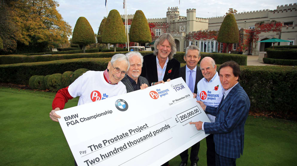 (L-R) Colin Stokes (Prostate Project), Jim Cregan (Gala Dinner Musical Director), Jamie Birkmyre (Championship Director, BMW PGA Championship), Kenney Jones, Professor Stephen Langley (Clinical Director of Urology at Royal Surrey County Hospital) and Tim Sharp (Prostate Project)